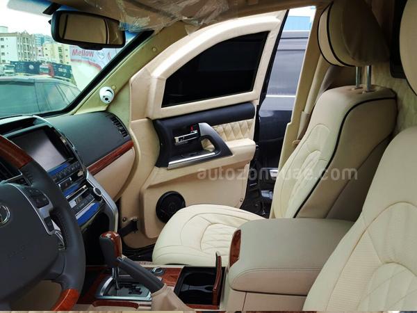 Armored Cars For Sale >> TOYOTA LAND CRUISER VIP LUXURY ARMORED CAR | Autozone Uae