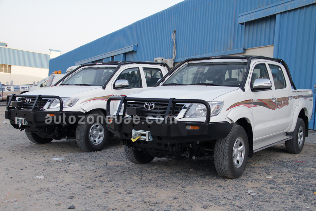 Toyota hilux 4wd with roll over protection autozone uae - Interior roll cage for toyota pickup ...